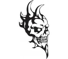 Tatouage crâne avec cornes