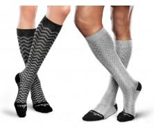 Chaussettes thérapeutiques de compression graduée à fils à âme à motifs par THERAFIRMMD